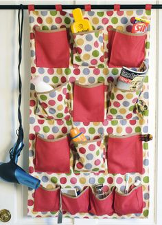 I think I could make this for my craft supplies!