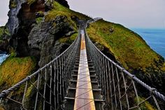 CARRICK-A-REDE ROPE BRIDGE, ANTRIM IRELAND   Real WoWz  I have also traversed this bridge while in Ireland building a Habitat House!