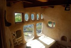 cob house: nice windows
