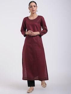 Red Cotton Kurta with Top Stitch Detail Neckline Designs, Dress Neck Designs, Fancy Blouse Designs, Stylish Dress Designs, Stylish Dresses, Plain Kurti Designs, Simple Kurta Designs, New Kurti Designs, Kurta Designs Women