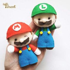 Muñecos de tela Felt Crafts Diy, Felt Diy, Sewing Crafts, Sewing Projects, Crafts For Kids, Arts And Crafts, Mario E Luigi, Mario Bros, Mario Party