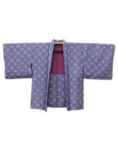 ☆ New Arrival☆ 'Connect Four' #silk blend #vintage #Japanese #haori #kimonojacket from #FujiKimono http://www.fujikimono.co.uk/fabric-japanese/connect-four.html
