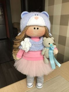 Crochet Teddy, Crochet Bear, Crochet Animals, Knitted Dolls, Crochet Dolls, Diy Christmas Decorations Easy, Amigurumi Doll, Handmade Toys, Doll Toys