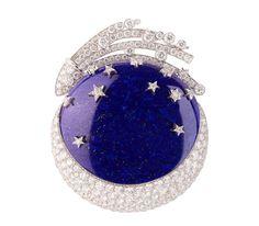Van Cleef  Arpels, Moon clip Owned by Elizabeth Taylor. Christie's.