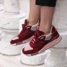 separation shoes c763e 1ebf1 Regardez cette photo Instagram de  girlsonmyfeet • 4,445 mentions J aime  Sneakers Femme,