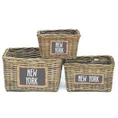 Lademand New York 20 cm hoog. Breng New York in huis met deze rieten lademand. Verkrijgbaar in verschillende grootten: 20cm, 25cm of 30cm hoog. #intratuin
