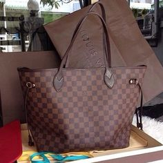 Purses on Pinterest | Celine Bag, Louis Vuitton Speedy 35 and ...
