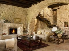 Rustic Italian Home Home Deco, Design Toscano, Tuscan Design, Italian Home, Italian Cottage, Interior Decorating, Interior Design, Interior Colors, Decorating Blogs