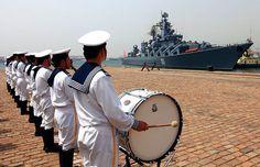 Фото: AP/Xinhua China Russia, Macau, Drills, British, Magazine, Navy, Hale Navy, Drill, Magazines