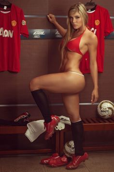 Sofia Jaramillo expressed her love for Manchester United | Todaysweet