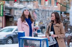 With a reboot, revival, or remake happening every 20 seconds these days, it's pretty remarkable that there's been very little backlash about Netflix's Gilmore Girls: A Year in the Life. Perhaps that's because creator Amy Sherman-Palladino wasn't involved in the show's final season and fans have been craving that ASP magic for closure.