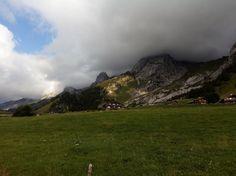 Lac des Confins La Clusaz Randonnée en  Famille - LEs Alpes avec les enfants