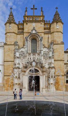 #monastère Santa Cruz à #Coimbra au #Portugal   RePinned by : www.powercouplelife.com