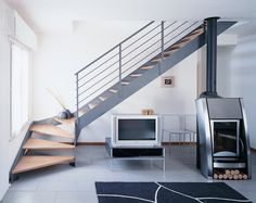 quarter turn, side slats, wooden steps, steel structure … - Home Decor Loft Staircase, House Stairs, Staircase Design, Rustic Stairs, Modern Stairs, Indoor Railing, Garage Guest House, Steel Stairs, Wooden Steps