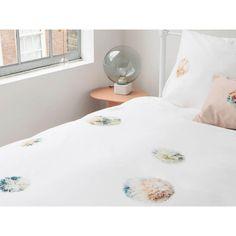 Pościel Snurk Pom Pon 140x200 w Decoarty.pl Flannel Duvet Cover, Garden Styles, Pom Poms, Duvet Cover Sets, Pillow Cases, Branding Design, Gallery Wall, Home And Garden, Colours