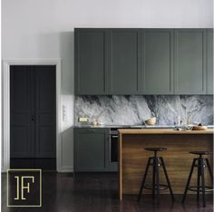Kitchen interior design modern - Best Shades of Green Wall Paint Interior Trend – Kitchen interior design modern Interior Desing, Interior Modern, Interior Design Kitchen, Marble Interior, Diy Interior, Modern Luxury, Interior Inspiration, Interior Architecture, Modern Kitchen Interiors
