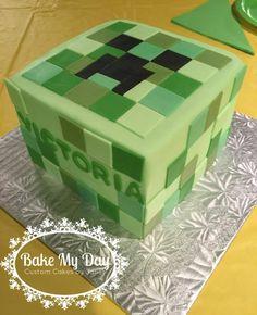 Minecraft creeper cake www.facebook.com/CustomByJanet Creeper Cake, Minecraft Cake, Custom Cakes, Birthday Cakes, Decorative Boxes, Tutorials, Facebook, Baking, Crafts