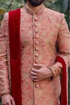 Mens Wedding Wear Indian, Sherwani For Men Wedding, Wedding Dresses Men Indian, Sherwani Groom, Indian Wear, Groom Wedding Looks, Groom Wedding Dress, Wedding Ring, Wedding Stuff
