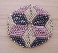1502 best beadwork peyote images on beaded Jewelry Patterns, Beading Patterns, Peyote Patterns, Beaded Brooch, Beaded Jewelry, Beaded Bracelets, Beading Projects, Beading Tutorials, Bracelets