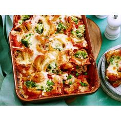 For a quick and easy family dinner idea, try this tuna, broccoli and peas stuffed shells pasta bake recipe, complete with a cream and cheese topping.