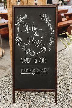 wedding chalkboard signs @weddingchicks