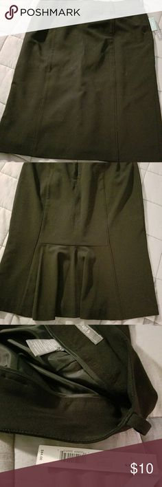 Black Skirt Classy skirt is great for business dress. It has never been worn. Smoke free, stain free, price is firm Apt. 9 Skirts Maxi