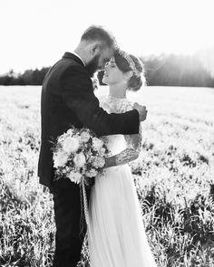 "Gefällt 401 Mal, 14 Kommentare - CAROLINA AUER  (@carolina_auer) auf Instagram: ""Ida & Flo ✨"" Couple Photos, Couples, Wedding Dresses, Instagram, Photography, Fashion, Couple Shots, Bride Dresses, Moda"