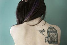 hummingbird tattoo....pretty awesome