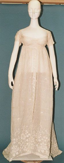 Regency white muslin dress (chemise and undergarments not present) 1810 (white embroidery)