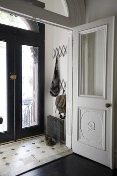 I always love a vestibule.always wanted a house with a closed vestibule. Door Entryway, Entry Hallway, Hallway Ideas, Door Ideas, Hallway Closet, Modern Hallway, Closet Doors, Entry Tile, Entryway Flooring