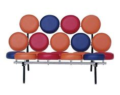 George Nelson's playful Marshmallow Sofa. Photo: Herman Miller {apartment thearapy}