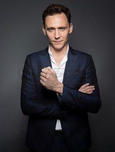 Tom Hiddleston by Michael Muller | Comic-Con 2013 Portraits | Source: Torrilla on Tumblr