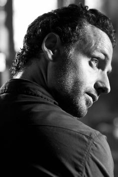 Rick Grimes, that is one good lookin man