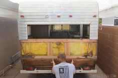 Now This Is How You Restore A Vintage Camper - WOW - Tiny House for Us