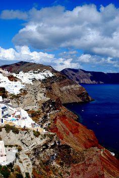 Santorini island | Oia-White n Blue | Dream Destination! Cliff top town! | Enjoy amazing travel experiences in Santorini! http://www.athenswalkingtours.gr/Greece-Tours/Santorini