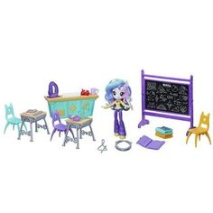 My Little Pony Equestria Girls Minis Lessons & Laughs Class Set My Little Pony Dolls, Little Pony Cake, Equestria Girls Minis, Barbie Ballet, Goth Disney Princesses, Geometry Lessons, Cartoon Network Adventure Time, Shops, Classroom Fun