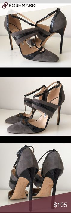 MANOLO BLAHNIK GRAY SUEDE/BLACK SNAKESKIN SANDAL MANOLO BLAHNIK GRAY SUEDE/BLACK SNAKESKIN POINTED TOE T-STRAP SANDAL, SIZE 38, MADE IN ITALY, HEIGHT HEEL 4.75, (THESE ARE STORE DISPLAY SHOES WHICH HAVE ONLY TRIED ON IN STORE), BRAND NEW WITHOUT BOX Manolo Blahnik Shoes Heels