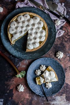 Rhabarber Pie mit Baiser Food Network, Baking Recipes, Cake Recipes, Food Porn, Sweet Breakfast, Sweet Recipes, Sweet Treats, Goodies, Ice Cream