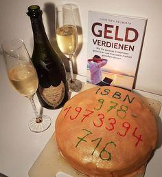 Swarovski, Birthday Cake, Desserts, Food, Passive Income, Beautiful Cakes, Earn Money, Thanks, Amazing