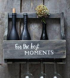 Хорошие моменты не ждут особенного дня они происходят сами собой! А мы хотим сделать их ещё прекраснее и запомнить надолго Харизматичная полка для вина и бокалов - 3500