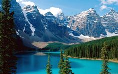 Moraine Lake Banff National Park Alberta Canada Top 20 Natural Wonders: The Ultimate List of Scenic Splendor Parc National De Banff, Banff National Park Canada, Lac Moraine, Moraine Lake, Dream Vacations, Vacation Spots, Vacation Ideas, Immigration Au Canada, Places To Travel