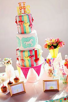 Carnival ....in LOVE with this cake