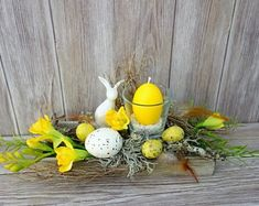Door wreaths decorative wreaths Advent wreaths Easter wreaths natural from Missbellflower Door wreaths decorative wreaths Advent wreaths from MissbellflowerBLOOM& / Oster branch wreath delicious Easter wreath consis. Easter Table, Easter Party, Fleurs Diy, Thanksgiving Diy, Diy Ostern, Easter Flowers, Spring Projects, Deco Floral, Easter Wreaths