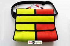 Tasche aus Feuerwehrschlauch   UPCYCLING & DIY Fashion Bags, Lunch Box, Backpacks, Style, Twist Curls, Repurpose, Swag, Fashion Handbags, Bento Box