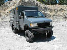 Ford Ambulance, Work Truck 4x4 Conversion