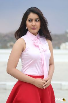 Raashi Khanna also known as Rashi Khanna is a famous Indian actress and model who works in Telugu Films. She is one of the most beautiful actresses. South Indian Actress, Beautiful Indian Actress, Beautiful Actresses, South Actress, Bhojpuri Actress, Hindi Actress, Actress Photos, Rashi Khanna Hot, White Mini Skirts