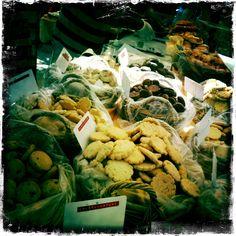 Marché / Biscuits / Place des lices