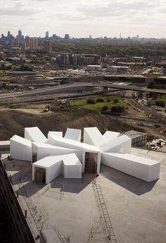 Carmody Groarke | 'Studio East Dining' temporary pavilion | 2010 | http://www.carmodygroarke.com
