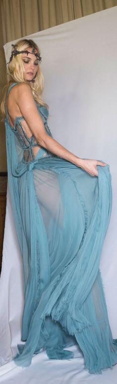 Atelier Versace fall 2015 couture.  Please like http://www.facebook.com/RagDollMagazine and follow Rag Doll on pinterest and  @RagDollMagBlog @priscillacita https://www.bloglovin.com/blogs/rag-doll-13744543 subscribe to https://www.youtube.com/channel/UC-CB-g60FwQ4U1sJ3ur-Bug/feed?