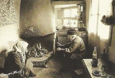 Old kitchen - George Meis; taken from a souvenir calendar of Crete Heraklion, Crete Greece, Athens Greece, Old Photos, Vintage Photos, Greek Independence, Greece Pictures, Old Greek, Greece Photography